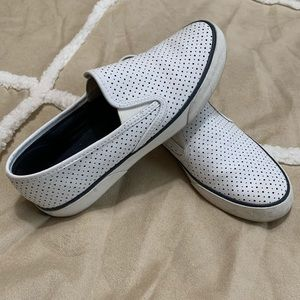 Sperry Pier side Perforated Slip-on Shoes